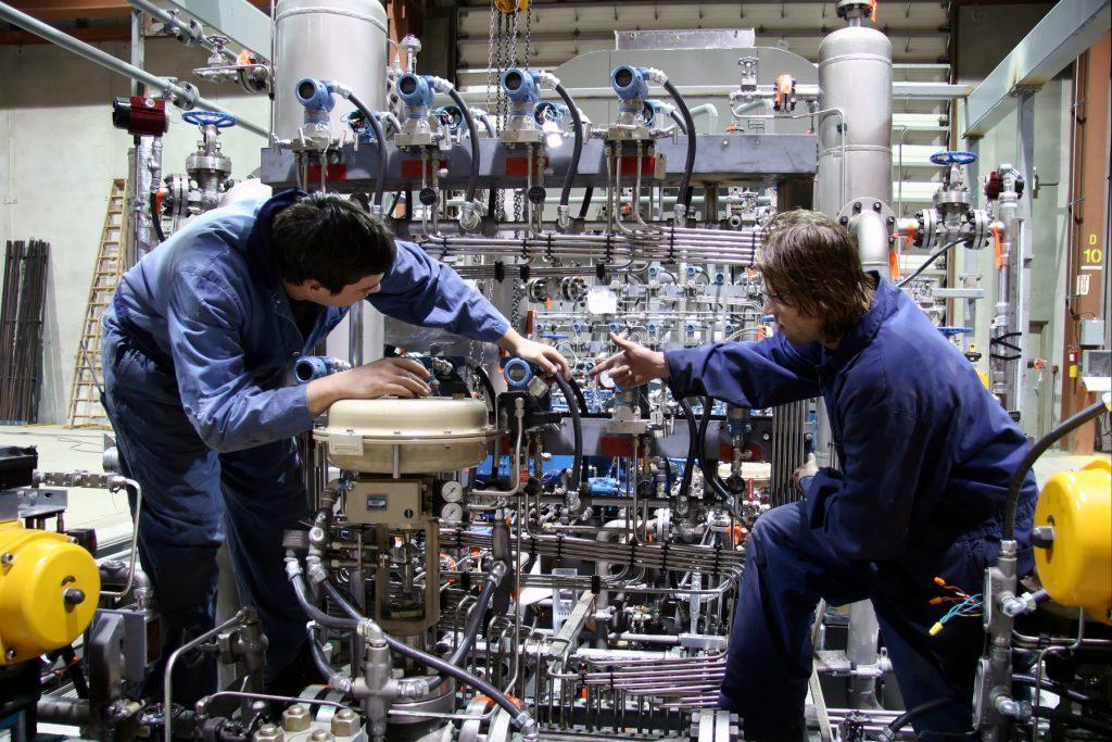 """""""Självklart att väl fungerande industriutbildningar inte läggs ner"""""""